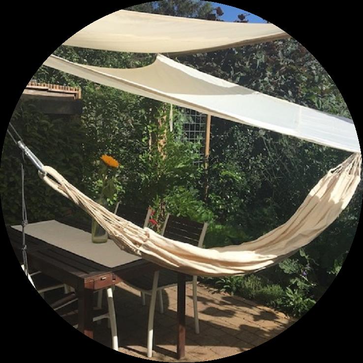 Van tegeltuin naar groene hangmattentuin